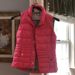 Lily Pulitzer puffer with small spot on back